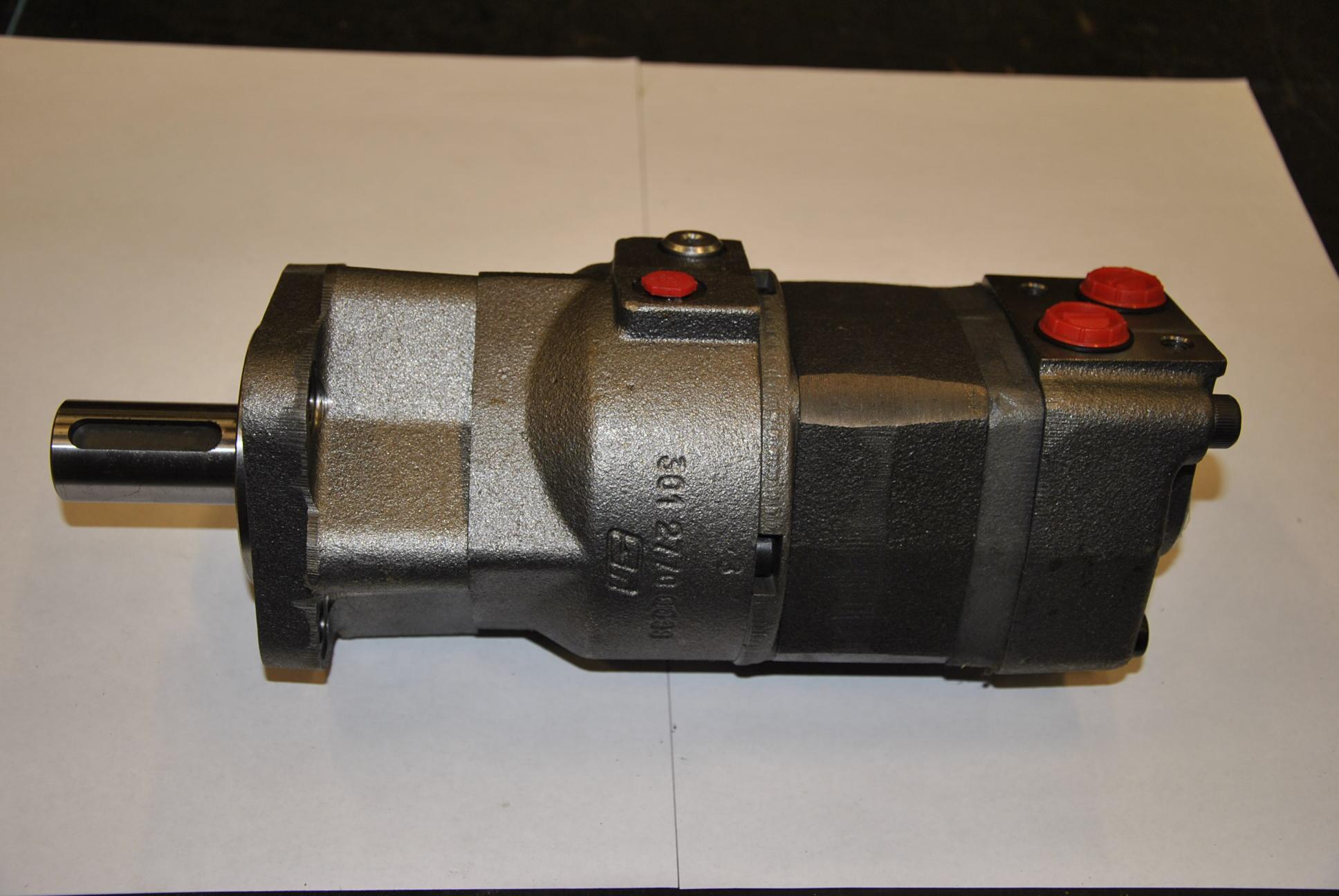 Гидромотор с тормозом в сборе, 1 шт.