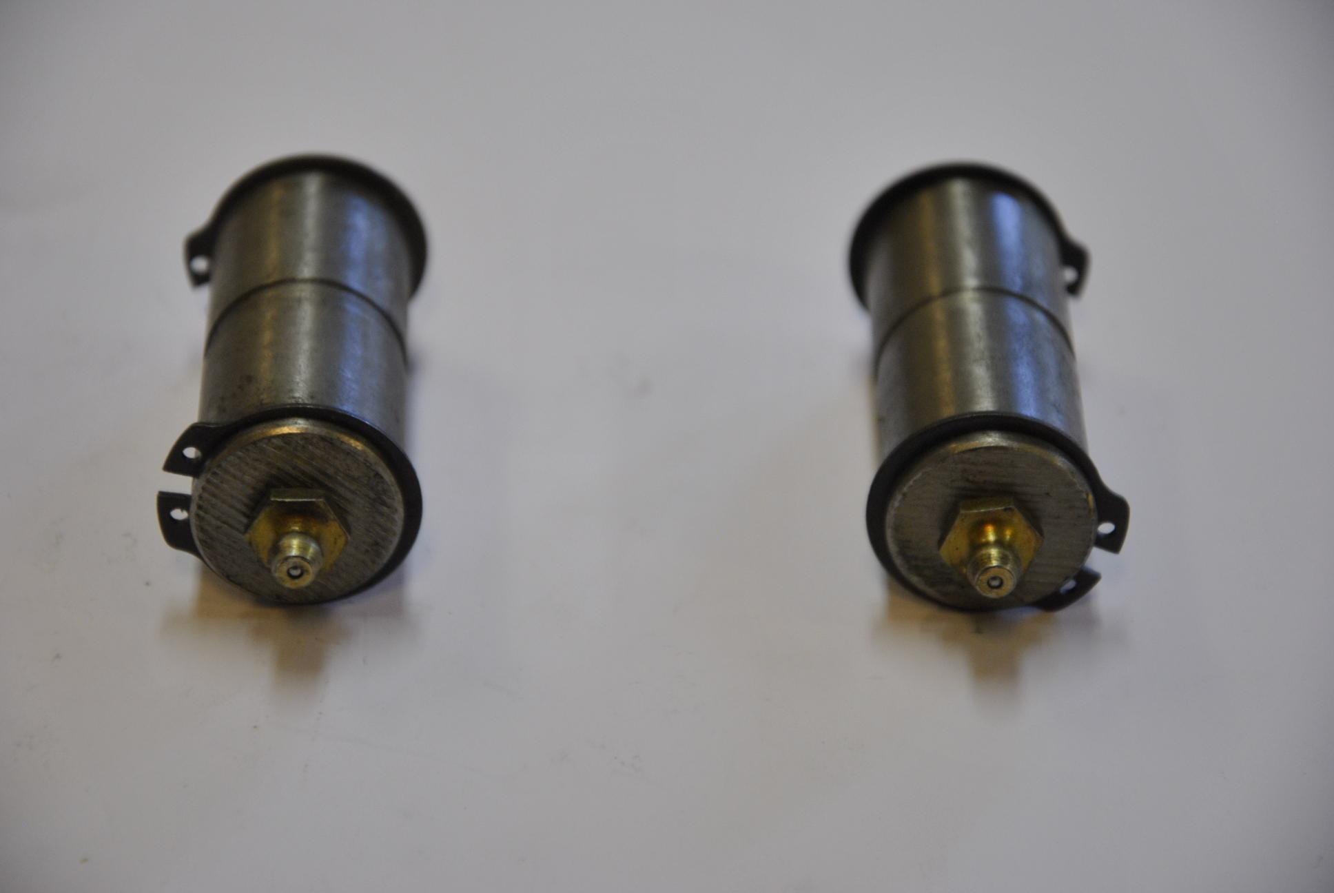 Палец крепления цилиндра подъема-опускания устройства скручивания проволоки, 2 шт./комп.
