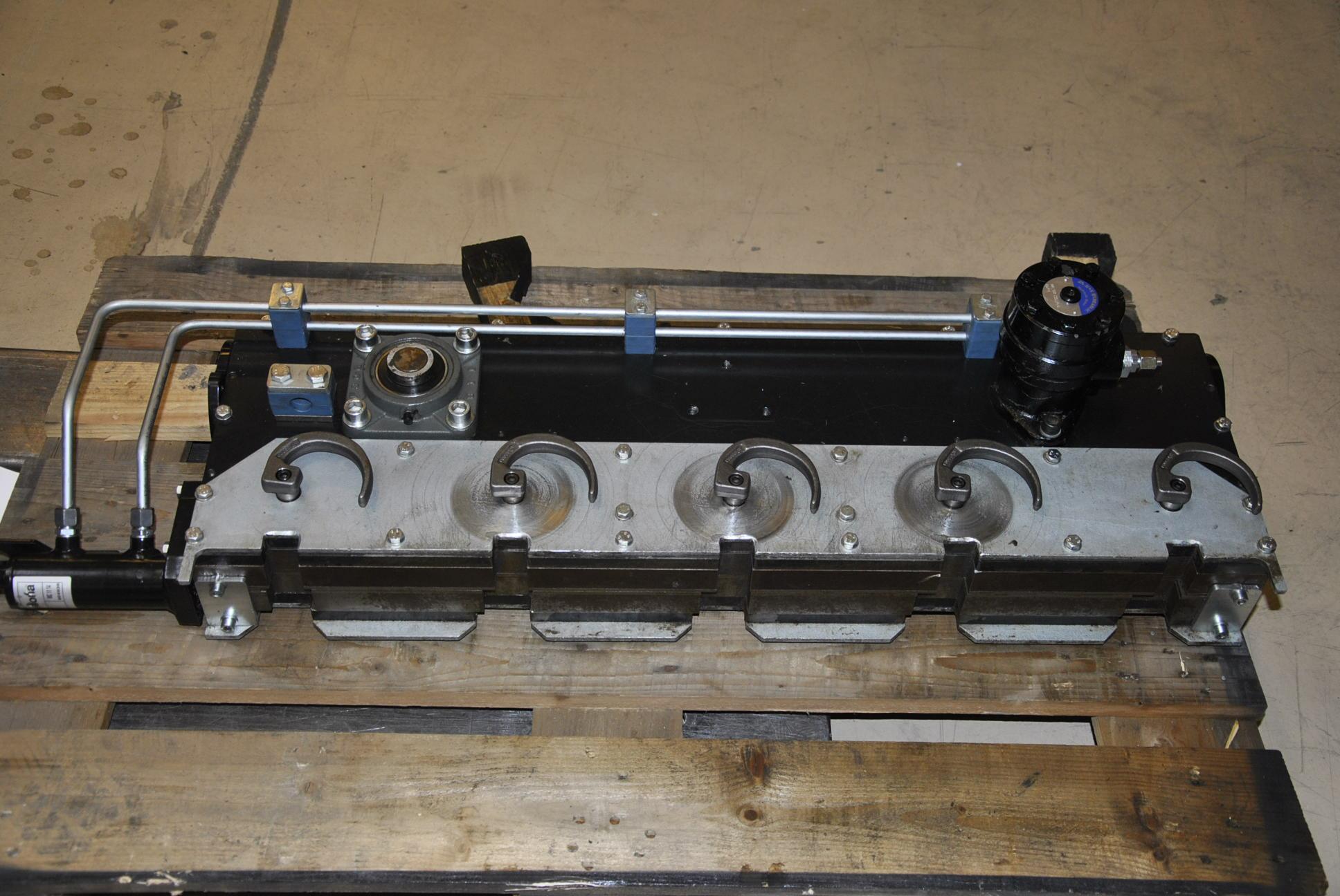 Устройство скручивания проволоки нового типа R-35847